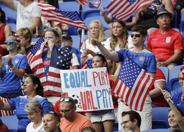 us-womens-soccer-equal-pay-world-cup-002.jpg__2100x1503_q85_crop_subject_location-1050,750_subsampling-2_upscale